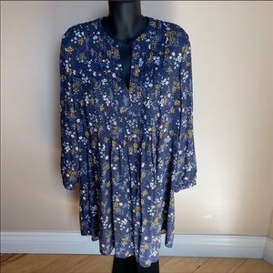 Old Navy Long Sleeves Pin-tuck Floral Swing Dress